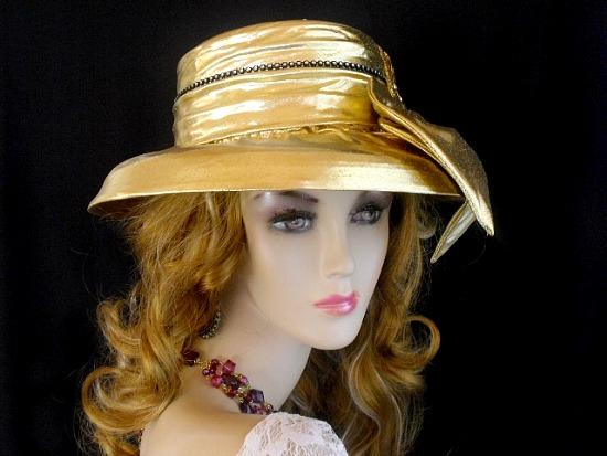 945126ed005 Women s Metallic Gold Black Rhinestone Designer Wedding Church ...